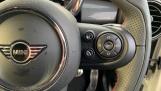 2020 MINI 5-door Cooper Sport (White) - Image: 18