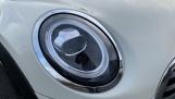 2020 MINI 5-door Cooper Sport (White) - Image: 22