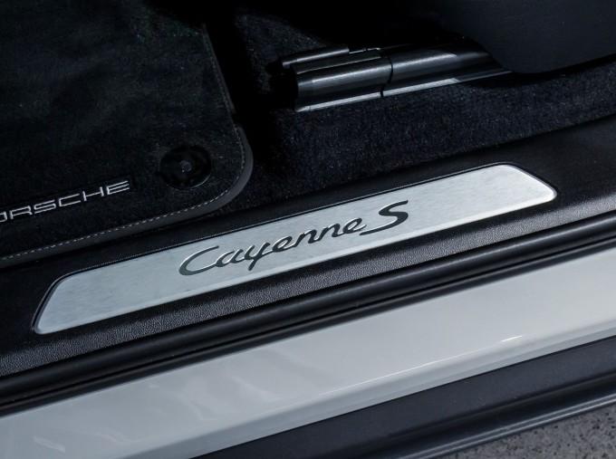 2020 Porsche V6 S Tiptronic 4WD 5-door  - Image: 35
