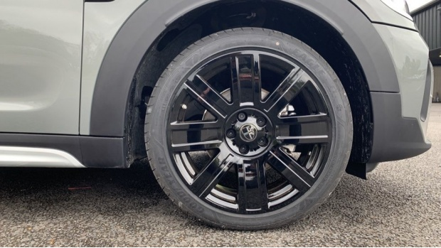 2021 MINI Cooper Exclusive (Grey) - Image: 14