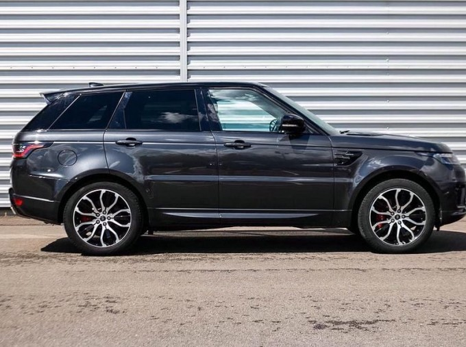 2018 Land Rover P400e 13.1kWh HSE Dynamic Auto 4WD 5-door (Grey) - Image: 5