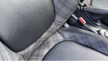 2018 MINI Cooper S 3-door Hatch (Red) - Image: 27