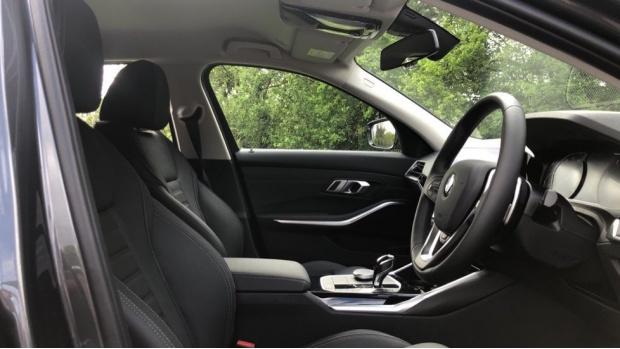 2021 BMW 320d Sport Touring Auto 5-door (Grey) - Image: 11