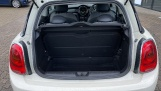 2016 MINI Cooper 3-door Hatch (White) - Image: 13