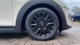 2016 MINI Cooper 3-door Hatch (White) - Image: 14