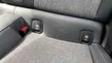 2016 MINI Cooper 3-door Hatch (White) - Image: 33