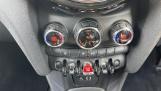 2016 MINI Cooper 3-door Hatch (White) - Image: 36