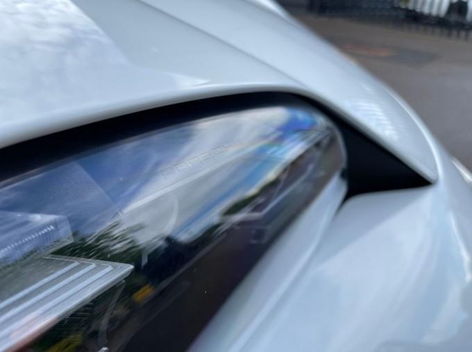 2020 Porsche 93.4kWh 4S Performance Auto 4WD 4-door (White) - Image: 25