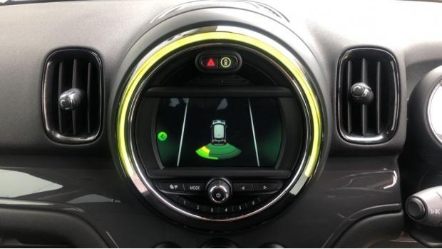 2019 MINI Cooper Classic (Black) - Image: 8
