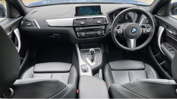 2019 BMW 120i M Sport Shadow Edition 5-door (Blue) - Image: 4
