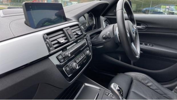 2019 BMW 120i M Sport Shadow Edition 5-door (Blue) - Image: 31