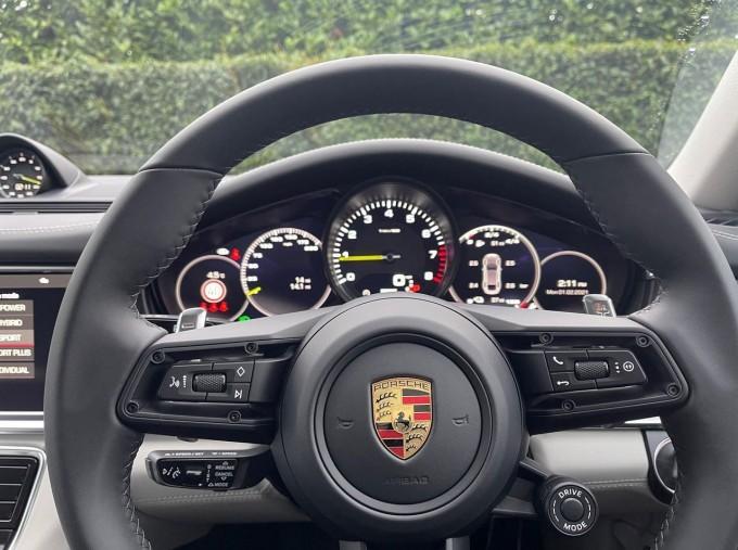 2021 Porsche V6 E-Hybrid 17.9kWh 4S PDK 4WD 4-door (White) - Image: 19