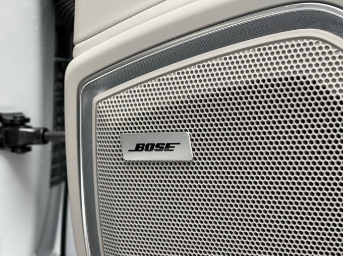 2021 Porsche V6 E-Hybrid 17.9kWh 4S PDK 4WD 4-door (White) - Image: 24