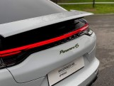 2021 Porsche V6 E-Hybrid 17.9kWh 4S PDK 4WD 4-door (White) - Image: 35