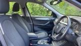 2017 BMW SDrive18d SE (Black) - Image: 11
