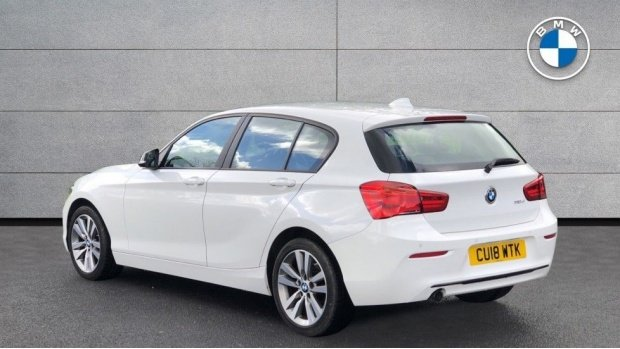 2018 BMW 118d Sport 5-door (White) - Image: 2