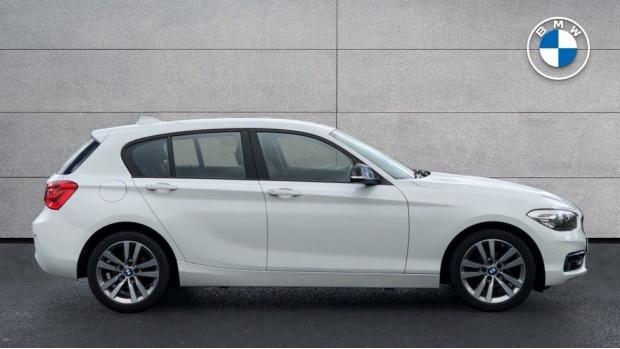 2018 BMW 118d Sport 5-door (White) - Image: 3