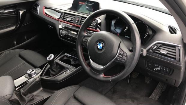 2018 BMW 118d Sport 5-door (White) - Image: 6