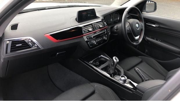 2018 BMW 118d Sport 5-door (White) - Image: 7