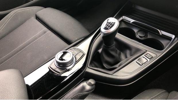 2018 BMW 118d Sport 5-door (White) - Image: 10