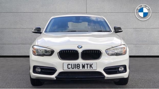 2018 BMW 118d Sport 5-door (White) - Image: 16