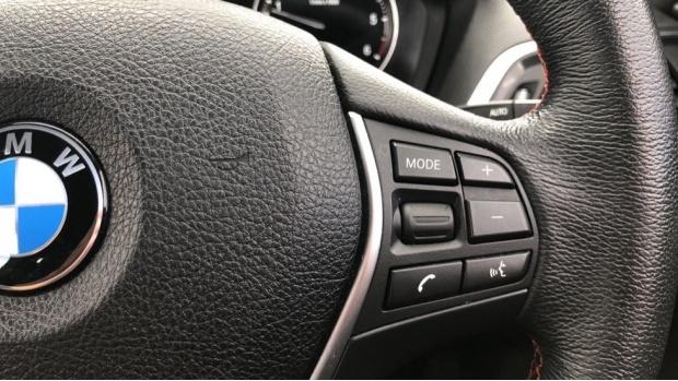 2018 BMW 118d Sport 5-door (White) - Image: 18