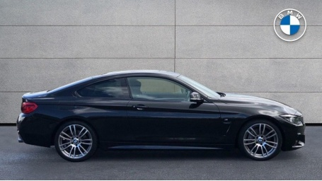 2018 BMW 440i M Sport Coupe (Black) - Image: 3