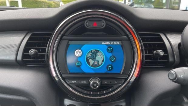 2019 MINI 3-door Cooper Classic (Grey) - Image: 8