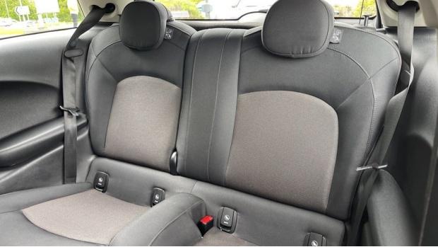 2019 MINI 3-door Cooper Classic (Grey) - Image: 12