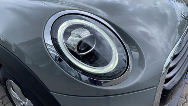 2019 MINI 3-door Cooper Classic (Grey) - Image: 23