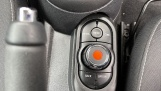 2019 MINI 3-door Cooper Classic (Grey) - Image: 39