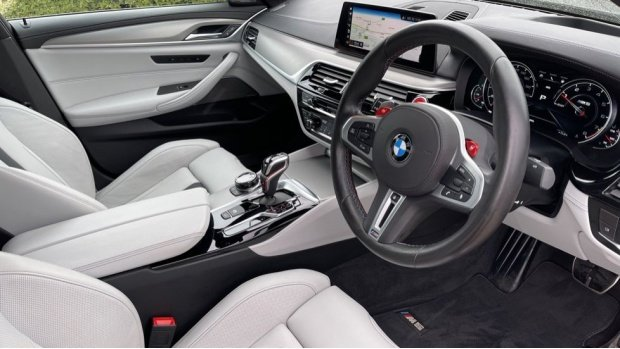 2018 BMW Competition Saloon (Grey) - Image: 6