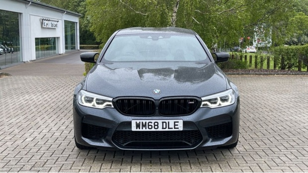 2018 BMW Competition Saloon (Grey) - Image: 16