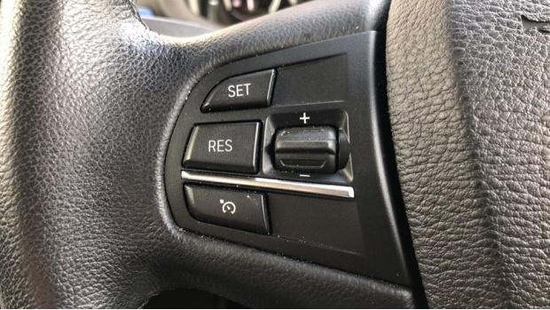 2015 BMW XDrive30d SE (Grey) - Image: 17