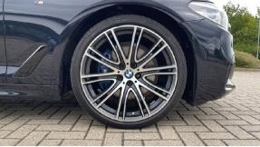 2019 BMW 530d M Sport Saloon (Black) - Image: 14