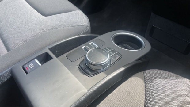 2020 BMW 120Ah (Black) - Image: 10