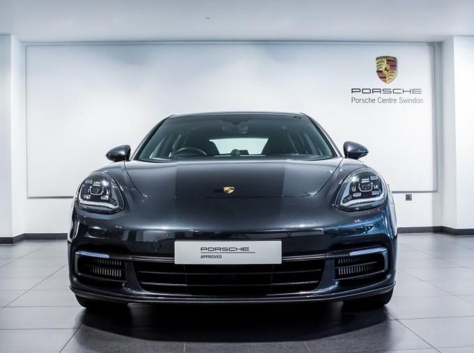 2018 Porsche V6 4S Executive PDK 4WD 4-door (Grey) - Image: 6