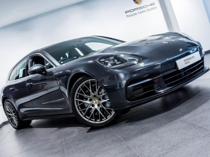 2018 Porsche V6 4S Executive PDK 4WD 4-door (Grey) - Image: 18