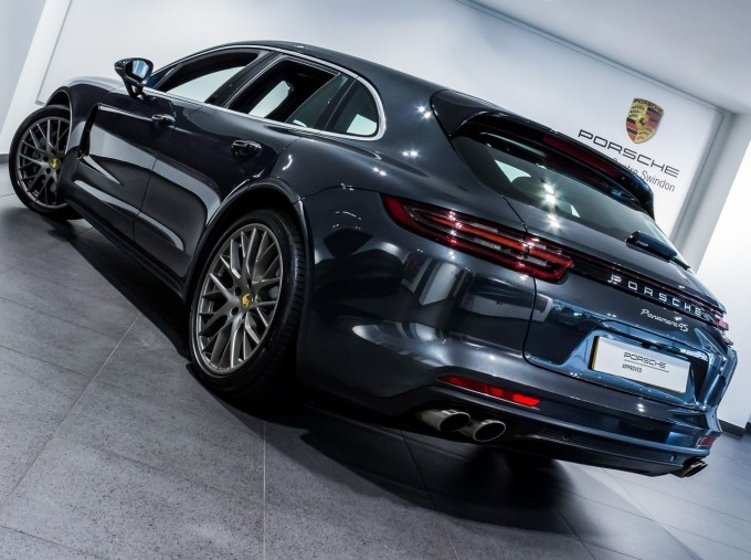 2018 Porsche V6 4S Executive PDK 4WD 4-door (Grey) - Image: 19