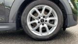 2016 MINI Cooper S 3-door Hatch (Black) - Image: 14