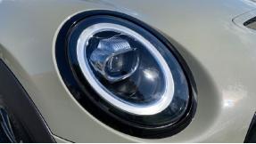 2018 MINI 5-door Cooper S (Grey) - Image: 22