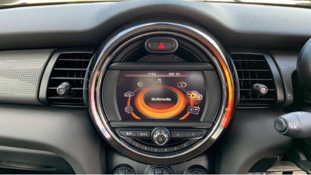 2015 MINI Cooper 3-door Hatch (Silver) - Image: 8