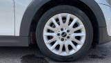 2015 MINI Cooper 3-door Hatch (Silver) - Image: 14