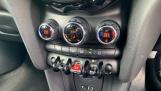 2015 MINI Cooper 3-door Hatch (Silver) - Image: 24