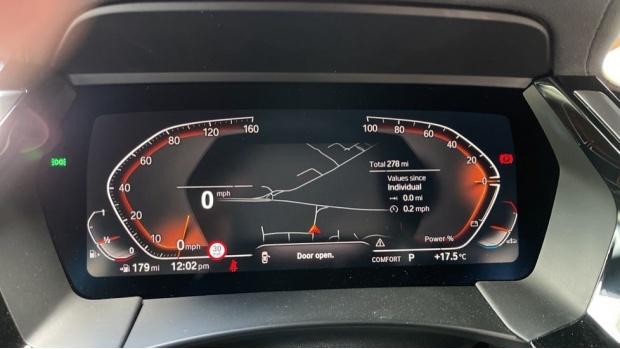 2021 BMW SDrive20i M Sport (White) - Image: 9