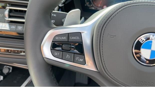2021 BMW SDrive20i M Sport (White) - Image: 17
