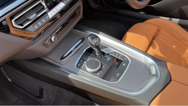 2021 BMW SDrive20i M Sport (White) - Image: 26