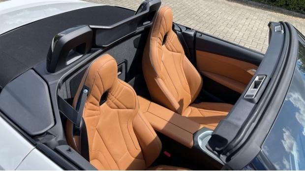 2021 BMW SDrive20i M Sport (White) - Image: 30