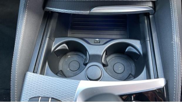 2018 BMW 530e M Sport iPerformance Saloon (Grey) - Image: 40