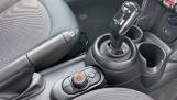 2021 MINI 3-door One Classic (Black) - Image: 10